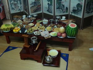 A table laid out to celebrate the Korean Thanksgiving, a celebration called Chuseok.
