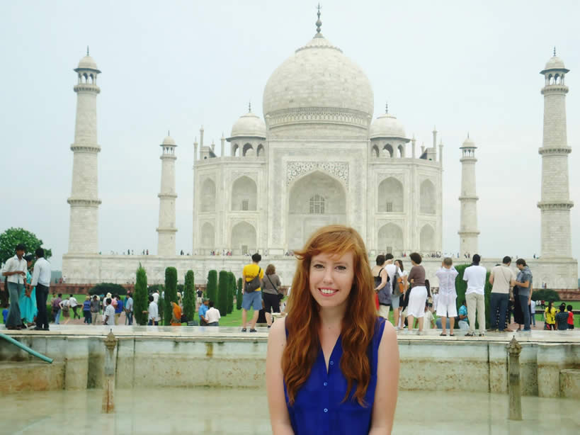 Volunteer teaching English in India