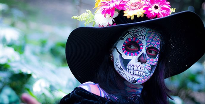 Experience halloween around the world while teaching English abroad